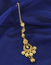Buy now kundan maang at best price by Anuradha Art Jewellery