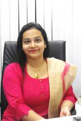Vrushali Khan - Dermatologist in Mumbai