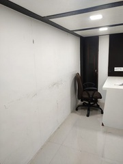 Semi Furnished Office in Poisar on Rent